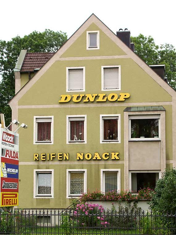 Reifen-Noack Gebäude